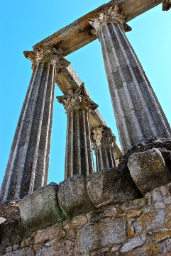 Rich in wheat and silver, Évora was an important Roman city from the 1st to 4th century A.D., and this temple once sat in the city's forum.