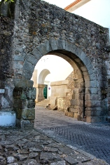 Called the Porta de Dona Isabel, this arch was once the main gate in the Roman wall that encircled the city. In the foreground, some of the large, irregularly shaped, original paving stones can still be seen.
