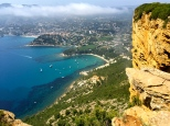 Looking down upon Cassis from the top of the massif.