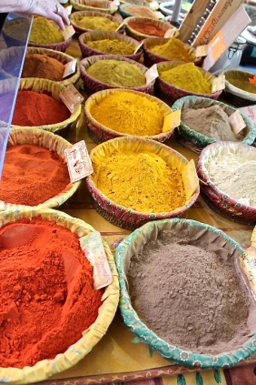 Every imaginable spice can be purchased at the market.