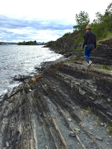 Hiking the coastline of Hovedøya takes you through spectacular scenery.