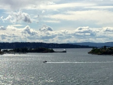 Note the tiny little lighthouse in the distance -- purportedly one of the oldest in Oslo.