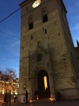 The Domkirke is Oslo's Lutheran Cathedral. It's where members of the royal family attend church and royal weddings and funerals are held. Notice the candles out front, signifying that the church is open. Sunrise is just on the horizon.