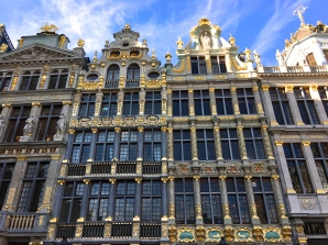 One end of the Grand Place is formed by a gilded series of guild halls that were once offices for different trades, like brewers, bakers, etc. Built originally in Medieval times, they were rebuilt in 1695 after French King Louis XIV blew them to pieces while trying to take over the town.