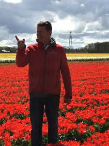A third-generation bulb farmer, Daan gave a great overview of the cultivation process. His crop includes tulips, hyacinths, daffodils, crocuses, and other spring bulbs.