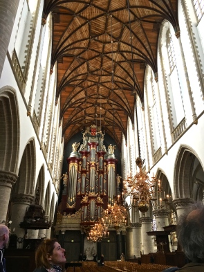 Built over a 150-year period (c. 1390 - 1540), the church has an amazing fan-vaulted wooden ceiling rather than a stone one because the townspeople ran out of money. Handel and 10-year-old Mozart both played the magnificent pipe organ, finished in 1738.