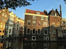 You can see why controlling the flow of water is essential to the survival of Amsterdam. Check out these basement windows. I wonder how the Dutch manage seepage and mold issues?