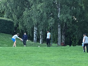 We watched as a group of Norwegian guys tried to teach their Indian buddies how to kick a football. Believe it or not, American football is quite popular in Norway (remember Knute Rockne, the famous Norwegian immigrant who coached for Notre Dame?) There's even a Norwegian American Football Federation (NAFF).