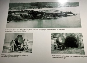 These old photos show you what the fort originally looked like, and how the all-important searchlights worked.