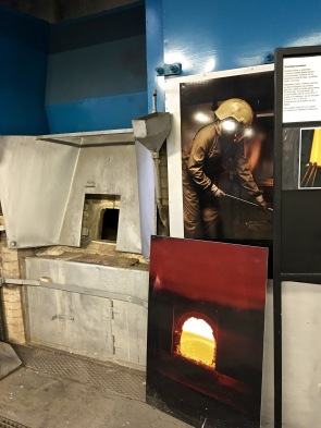Each year, Hadeland melts about 25 tonnes (27.5 tons) of raw materials to make glass. Every afternoon, workers load the raw materials into special pots that get placed into a furnace and heated to around 1400° C (2552° F), until the glass is white hot. By morning, when the glass has reached the consistency of honey, the temperature is reduced to 1140° C (2084° F) -- the ideal temp for blowing glass.