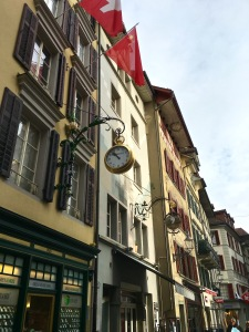 Row of Tafeens, Luzern