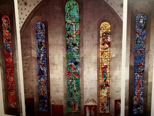 After viewing a retrospective of Chagall's work in Zürich's art museum, the Fraumünster's pastor invited the 80-year-old artist to design the church's windows, which took him three years to complete.