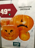 """As near as I can tell, """"gresskar"""" is the generic word for """"squash."""" Early on, most of the carved pumpkins I saw looked more like this stripey squash variety."""